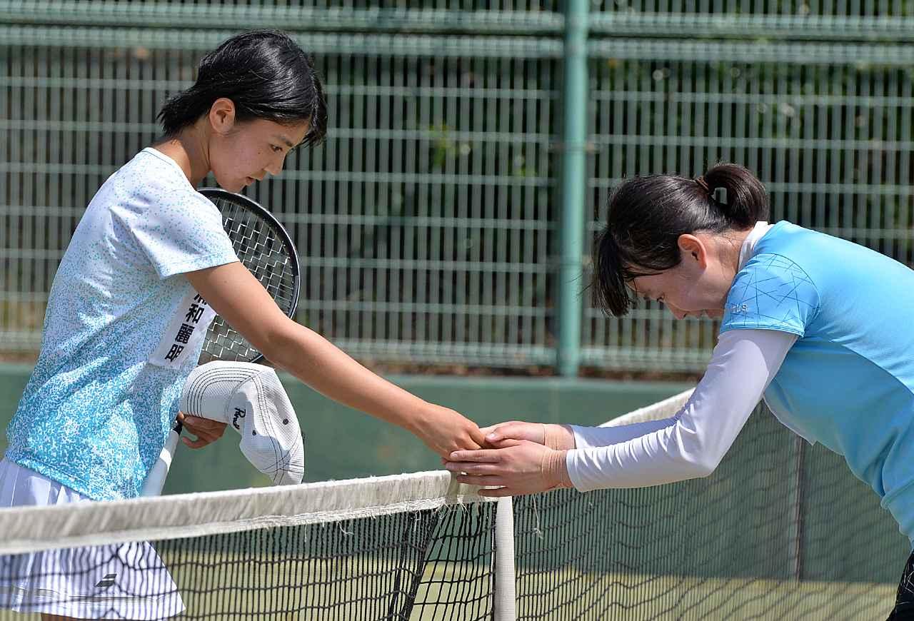 公園 テニス コート 春日